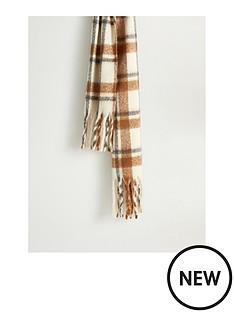 mango-brushed-cehck-scarf