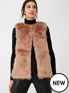 oasis-faux-fur-gilet-neutral