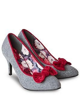 joe-browns-rockefeller-velvet-bow-shoes-multi