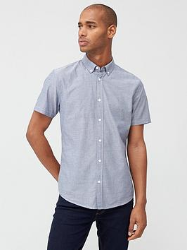 very-man-short-sleeved-button-down-oxford-shirt-chambray