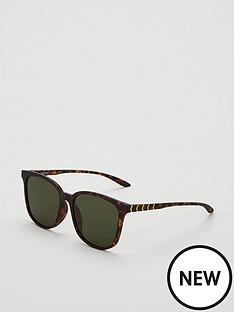 puma-oversized-sunglasses