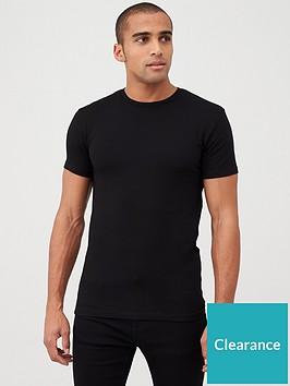 very-man-muscle-fit-tee-black