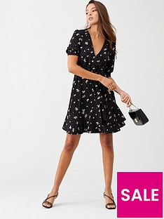 oasis-abigail-glitter-wrap-balloon-sleeve-skater-dress-black
