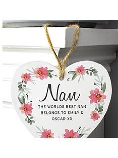 personalised-wooden-heart-sign-dropdown-for-nan-mum-sister-etc