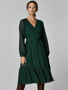 wallis-wallis-petite-green-dobby-tiered-midi-dress