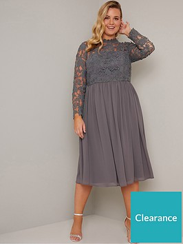 chi-chi-london-curve-zela-floral-lace-dress-grey