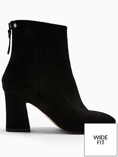 topshop-wide-fit-belize-block-heel-smart-boot-black