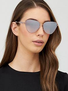 guess-cat-sunglasses