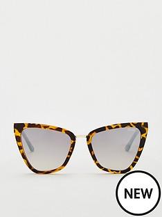 quay-australia-quay-x-jlo-reina-cateye-sunglasses