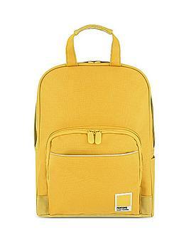 pantone-medium-backpack-beeswax