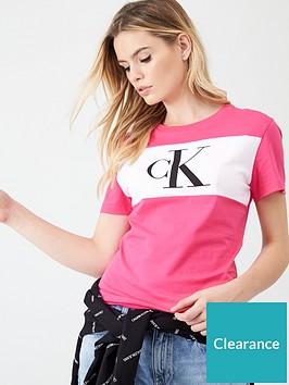 calvin-klein-jeans-monogram-ck-t-shirt-raspberry