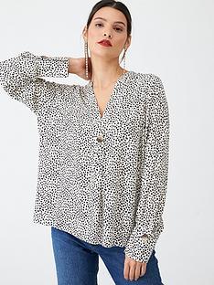 v-by-very-single-button-notch-neck-blouse-mono-print