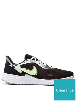 nike-revolution-5-blackwhitegreen