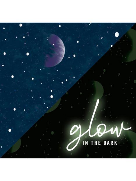 superfresco-planetarium-glow-in-the-dark-wallpaper
