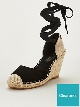 v-by-very-bea-closed-toe-wedge-black