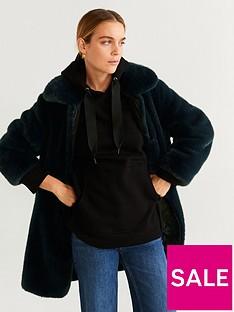 mango-faux-fur-coat