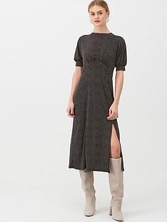oasis-spot-empire-line-midi-dress