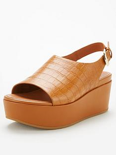 fitflop-eloise-city-wedge-sandal-light-tan