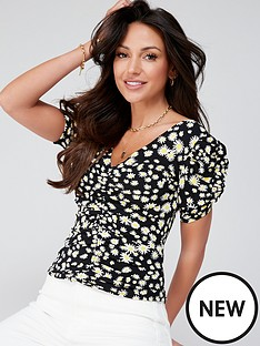 michelle-keegan-ruched-front-printed-blouse-daisy-print