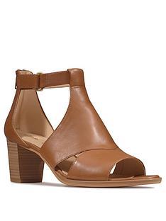 clarks-kaylin60-glad-wide-fit-leather-heeled-sandal-tan