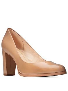 clarks-kaylin-cara-block-heel-court-shoe-beigenbsp