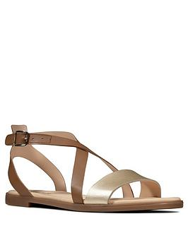 clarks-bay-rosie-leather-flat-sandal-tan