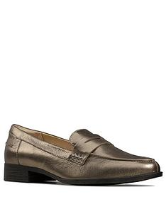 clarks-hamble-leather-loafer-stone