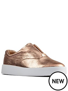 clarks-hero-step-leather-trainer-rose-gold
