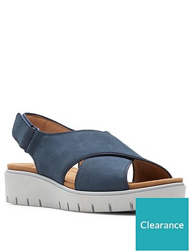 clarks-un-karely-sun-leather-low-wedge-sandal-navy