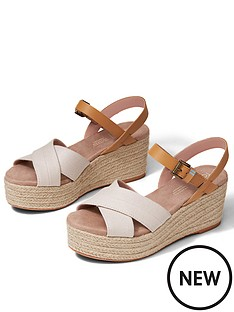 toms-willow-wedge-sandal-natural