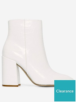 dorothy-perkins-dorothy-perkins-absolute-heeled-boots-ivory