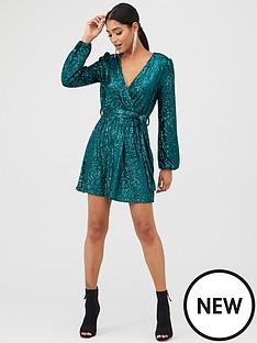 in-the-style-in-the-style-x-billie-faiers-sequin-wrap-balloon-sleeve-dress-green