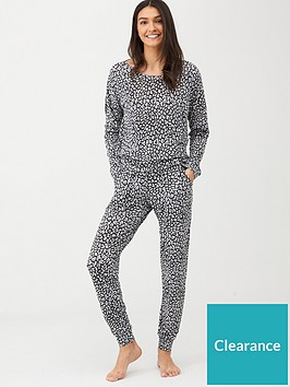 v-by-very-slouch-lounge-set-leopard