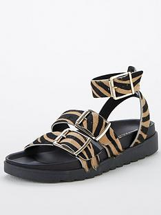 office-stingray-flat-sandals-animal