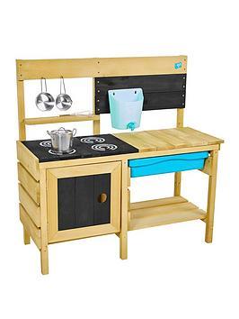 tp-deluxe-wooden-mud-kitchen