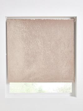 crushed-velvet-blackout-roller-blind