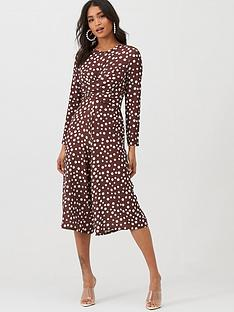 boohoo-boohoo-twist-front-polka-dot-jumpsuit-chocolate