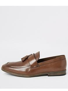 river-island-brown-leather-tassel-textured-loafers
