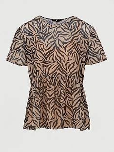 v-by-very-mesh-boxy-fit-tee-animal-print
