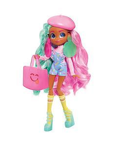 hairdorable-hairdorables-fashion-doll-series-1--deedee