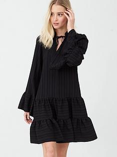 river-island-crinkle-smock-dress-black