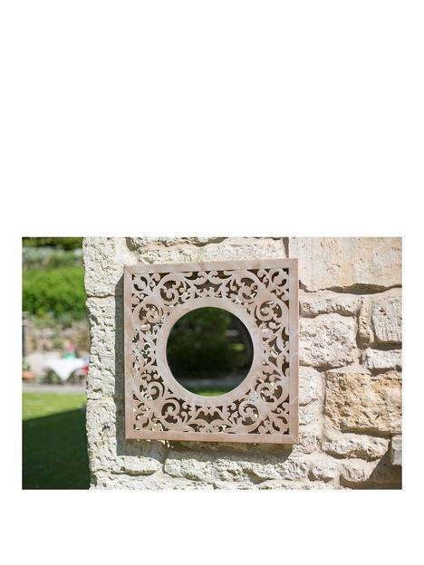 la-hacienda-square-garden-mirror