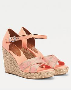 tommy-hilfiger-metallic-high-wedge-sandal-coral