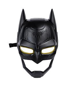 batman-voice-changing-mask