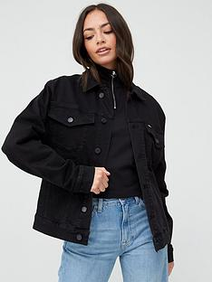 tommy-jeans-oversized-trucker-jacket-black