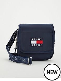 tommy-jeans-heritage-flap-crossover-nylon-bag-black