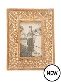 sass-belle-geo-floral-carved-photo-frame