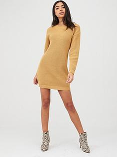 boohoo-boohoo-crew-neck-jumper-dress-camel