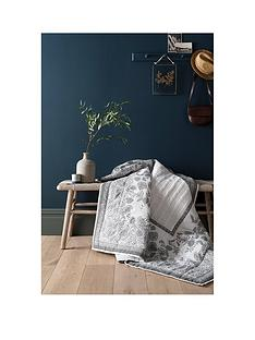 fatface-tapestry-tile-100-cotton-throw