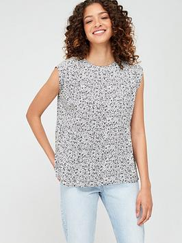 warehouse-ditsy-floral-tiered-tee-black